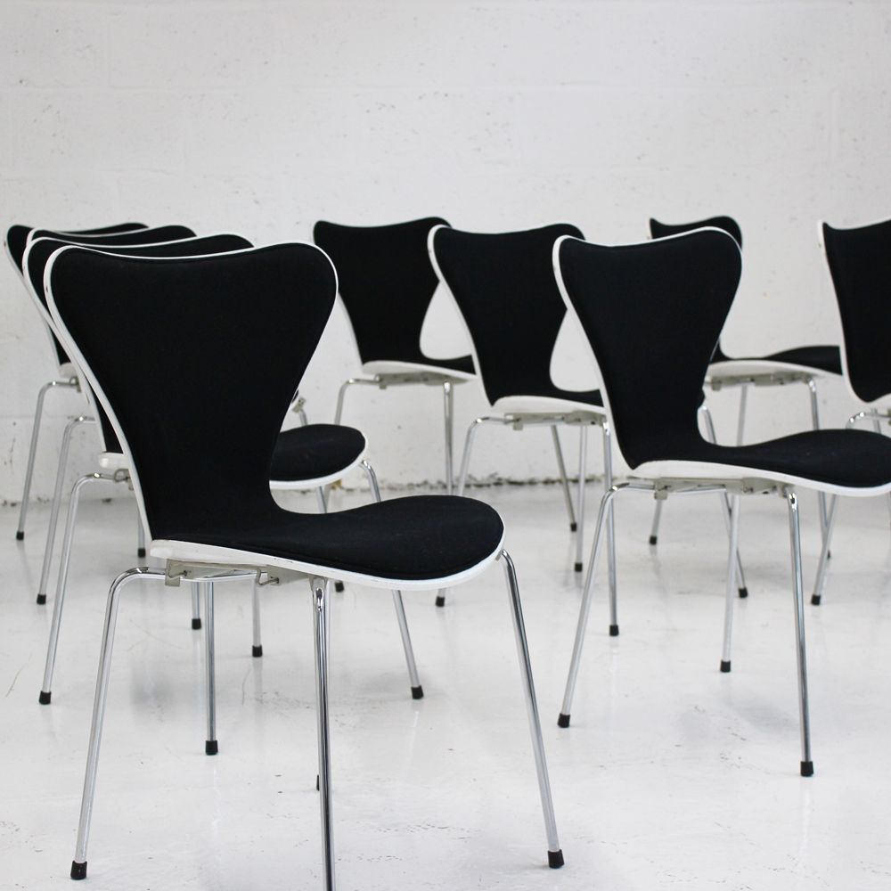 Fritz Hansen Series 7 Front Upholstered  Stacking chair